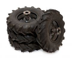 Chunky tread tyre set (twin drive)