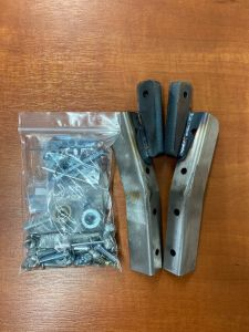 Toylander 3 windscreen hinges and fixings (pair)